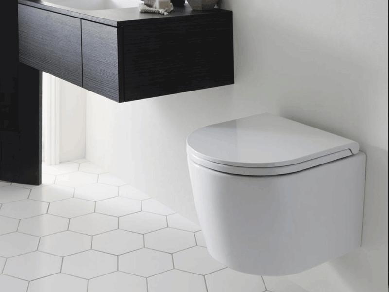 Bauhaus pier toilet