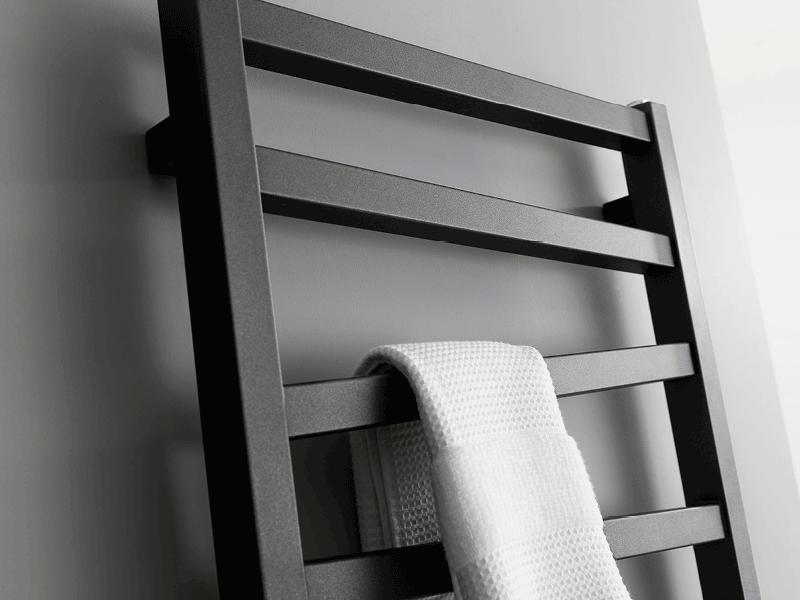 Bauhaus wedge radiator