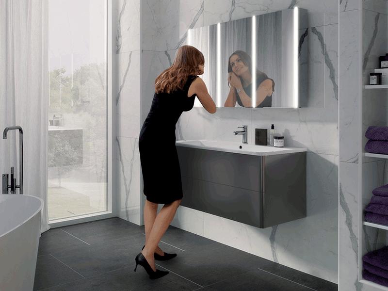 Hib xenon lifestyle mirror