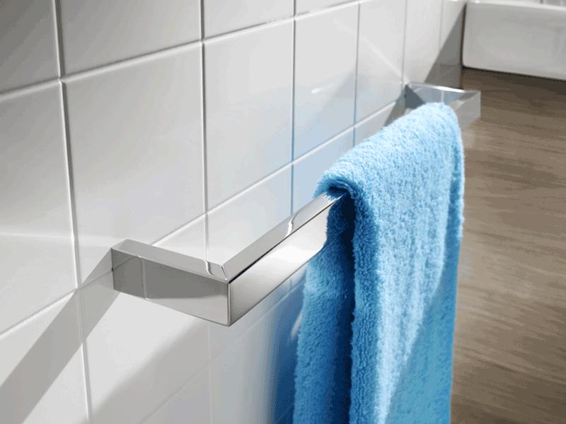 Roca nuova towel rail