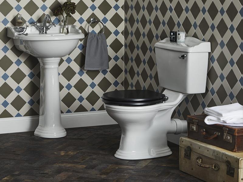 bayswater-porchester-toilet-lifestyle