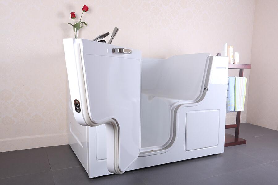 neptune-bathing-walk-in-bath-lifestyle